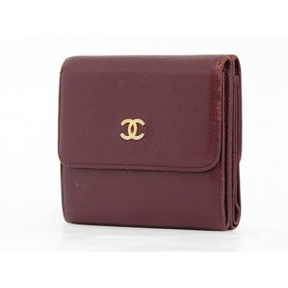 Image of Chanel burgundy caviar wallet