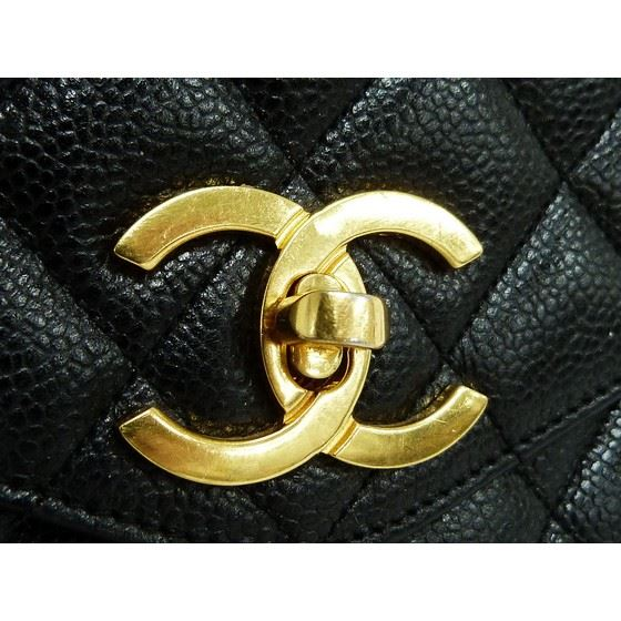 Picture of Chanel caviar leather camera tote bag