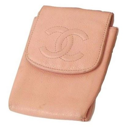 Image of Chanel baby pink caviar case/pouch