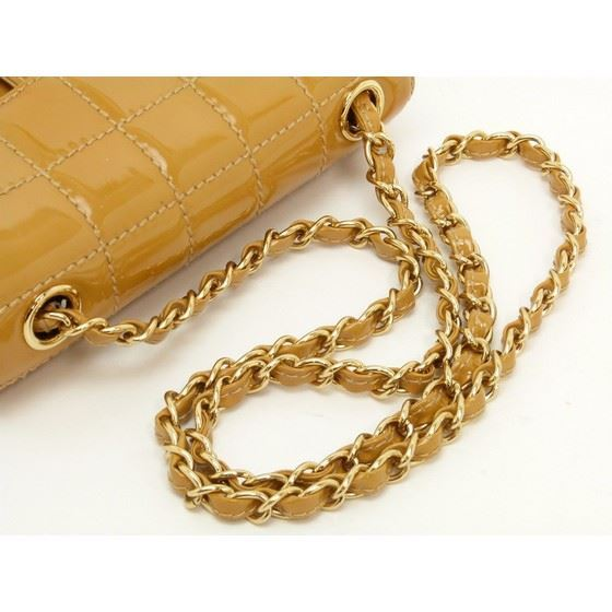Picture of Chanel caramel patent leather crossbody bag