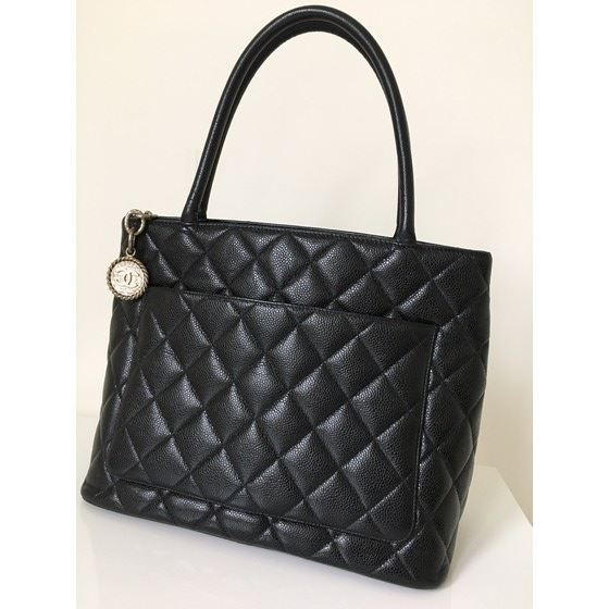 Picture of CHANEL Black Caviar Skin CC Charm MEDALLION Tote Hand Bag