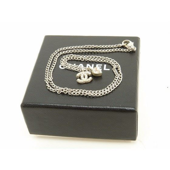 Picture of Chanel Rhinestone CC Heart Pendant silver Necklace