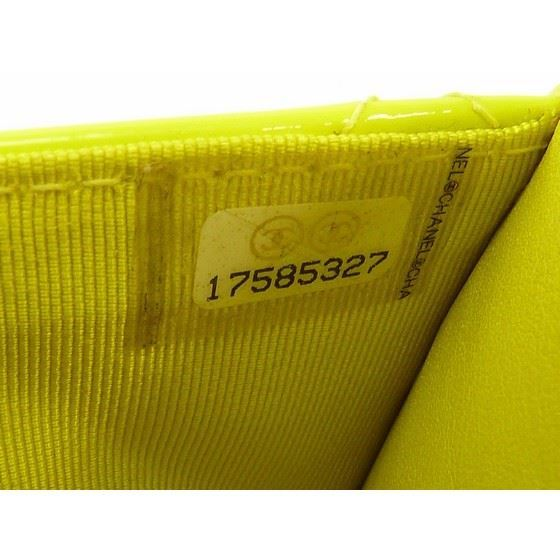 Picture of Chanel patent yellow leather crossbody WOC