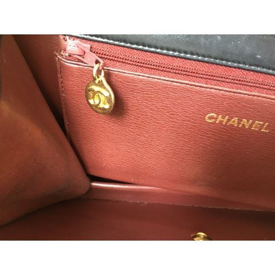 Picture of Chanel medium 2.55 classic flap bag