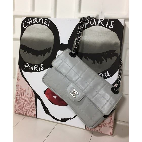 Picture of Chanel medium light gray double chain bag