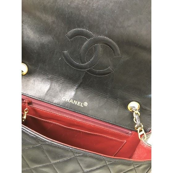 Picture of Chanel large classic crossbody flap bag