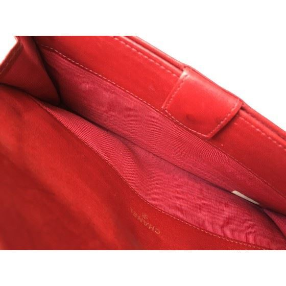 Picture of Chanel red  long wallet