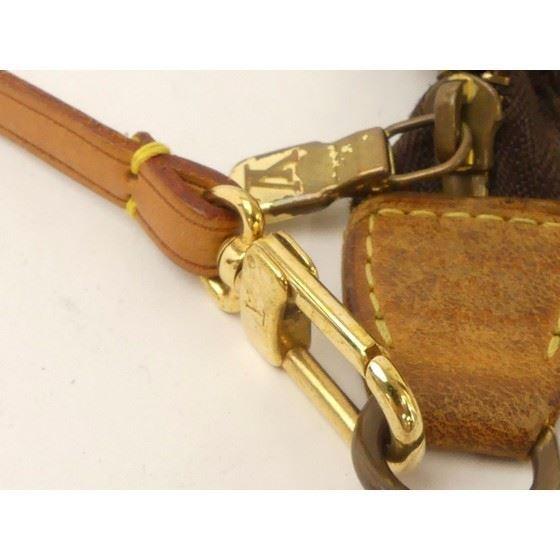 Picture of Louis Vuitton pochette monogram pouch handbag