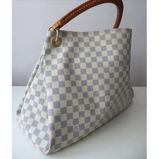 Picture of Louis Vuitton Damier Azur artsy bag