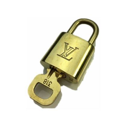 Image of Louis Vuitton padlock nr.  318