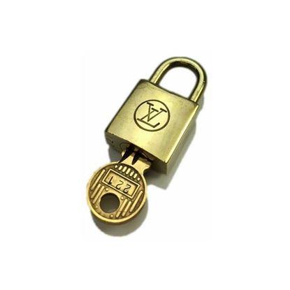 Image of Louis Vuitton padlock nr.  221