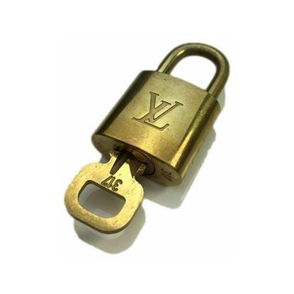 Image of Louis Vuitton padlock nr.  317