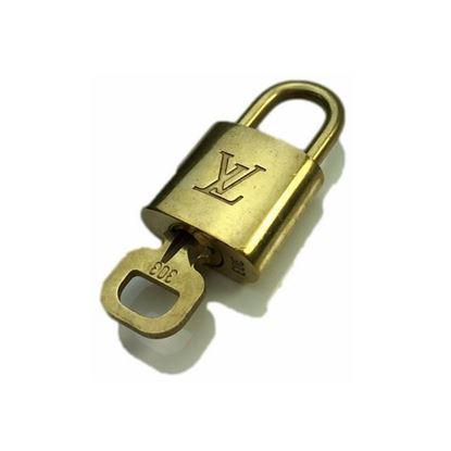 Image of Louis Vuitton padlock nr.  303