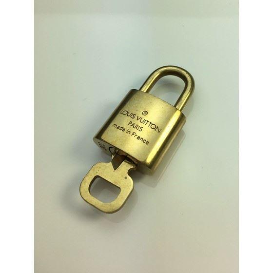 Picture of Louis Vuitton padlock nr.  303