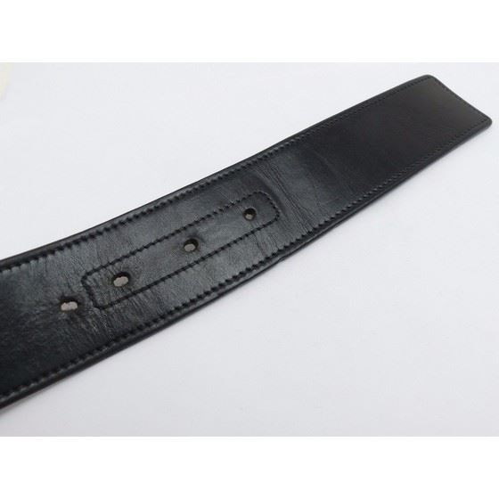 Picture of Gucci black leather belt with silver interlocking G buckle