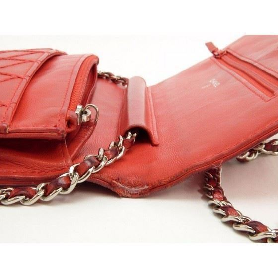 Picture of Chanel red WOC, Wallet on Chain bag