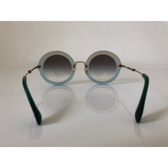 Picture of Miu Miu Noir eyewaer sunglasses