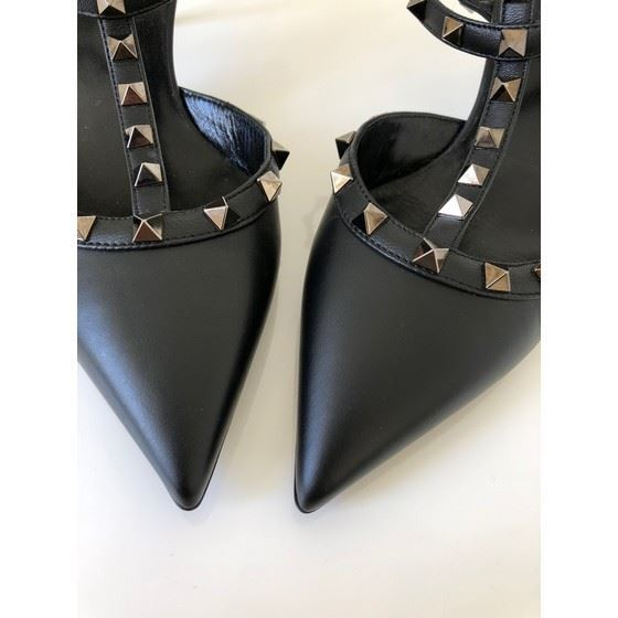 Picture of Valentino rockstud heels black