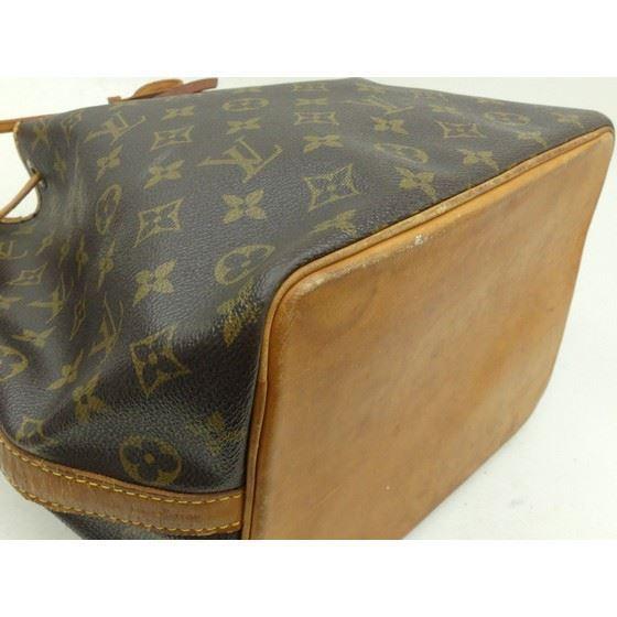 Picture of Louis Vuitton petite noe bag