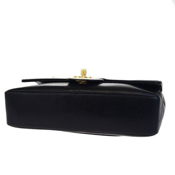 Picture of SPECIAL PIECE: Chanel black and white leather flap bag