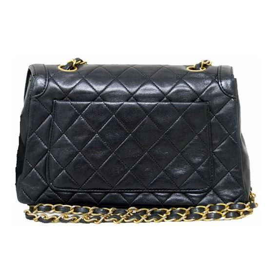 bf072809216a Vintage and Musthaves. Chanel classic crossbody flap bag