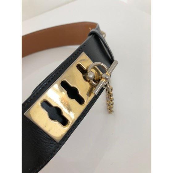 Picture of Celine dog collar - lock belt